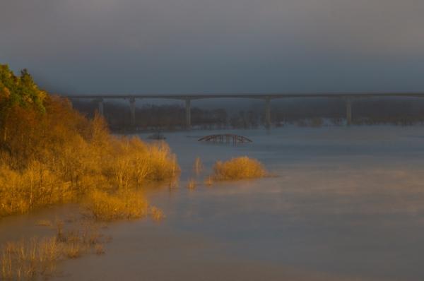 早朝のシューパロ湖輝き-0557