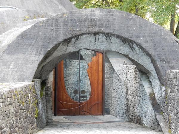 石の教会(扉)