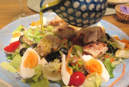 8)チキンのサラダ
