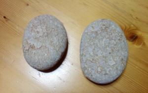 火鉢とホットストーン・姫川薬石 (1)