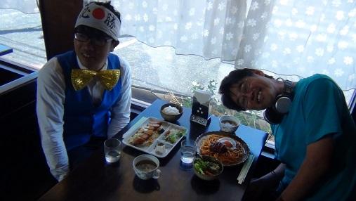 飲食 (3)