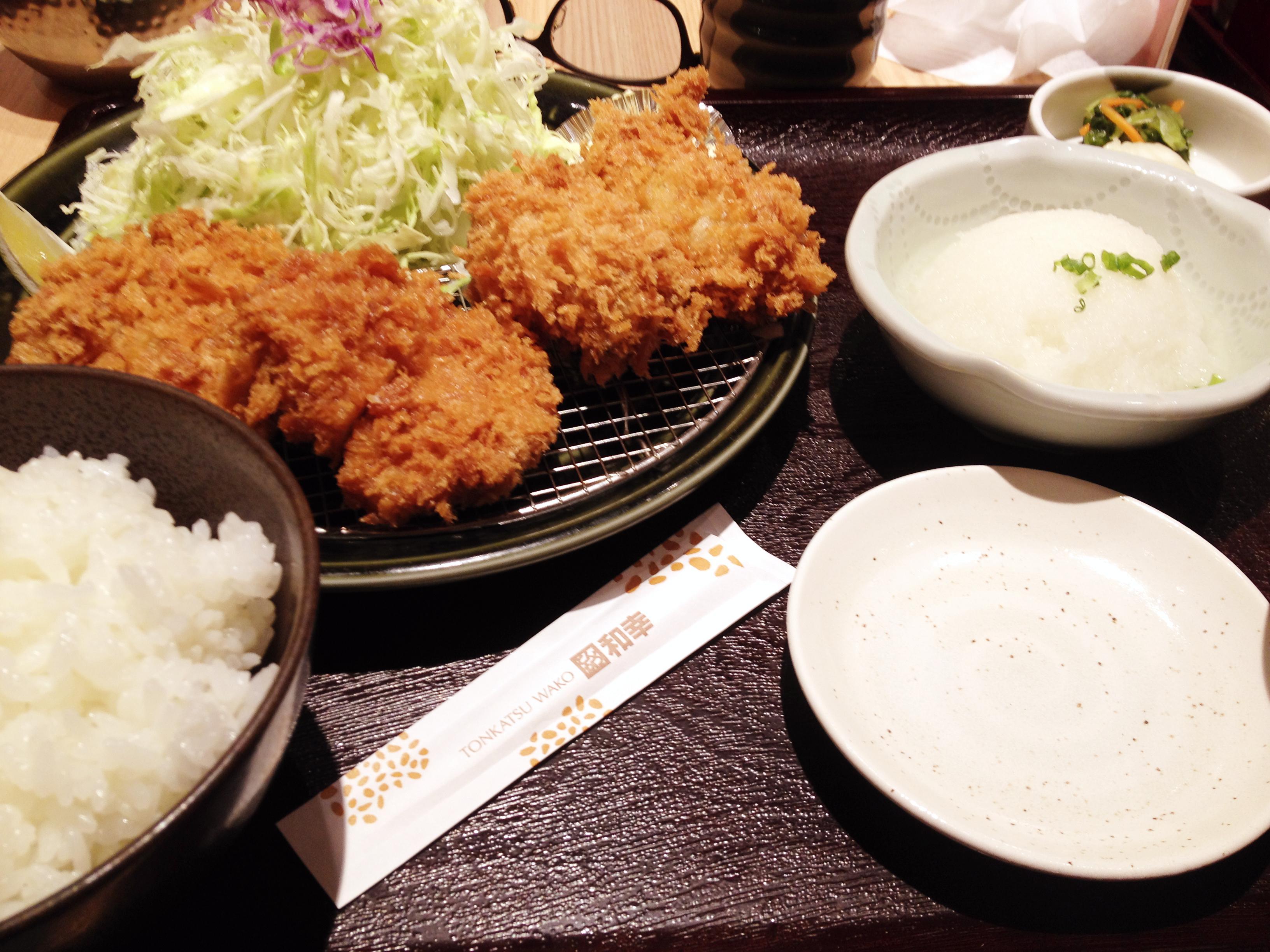 和幸ヒレカツ牡蠣フライ定食