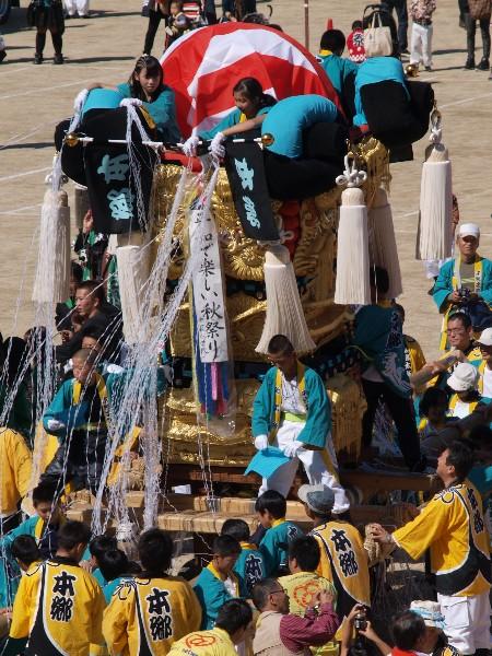 新居浜太鼓祭り 山根グラウンド 子供太鼓台入場