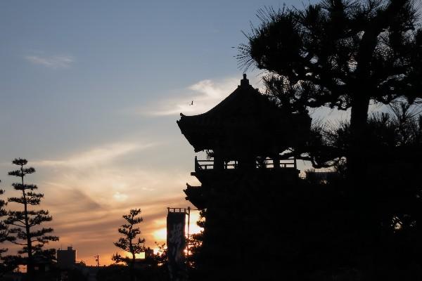 熱田区宮の渡し公園の夕景