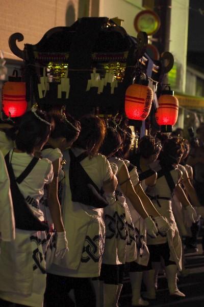 おんなのあきまつり 三熊野神社 女みこし
