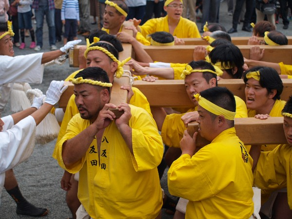 福崎町西田原「熊野神社の祭り 八反田屋台の宮入