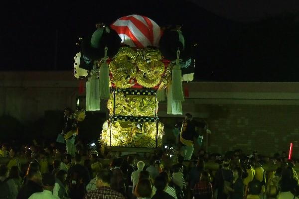2015年新居浜太鼓祭り 中萩・大生院夜太鼓 本郷太鼓台入場