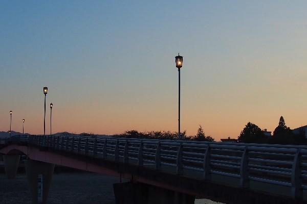 西条祭り 川入の行事 加茂川 メロディ橋
