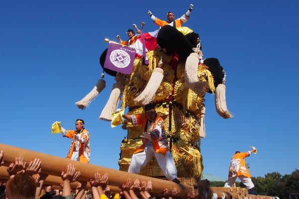 新居浜太鼓祭り 山根統一寄せ 松木坂井太鼓台の入場