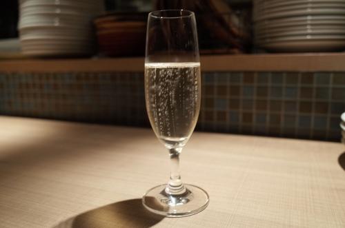 スパークリングワイン1杯目