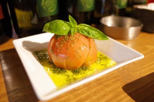 トマトのサラダジェノバ