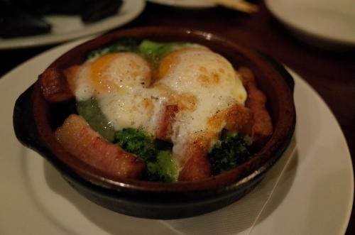 卵とベーコンとブロッコリー