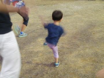 湖水祭で踊る息子。