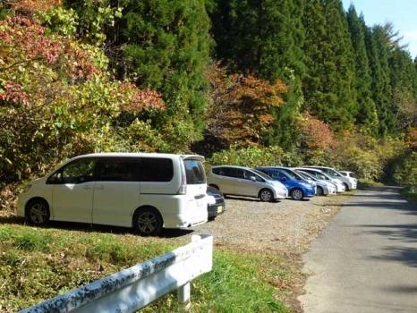 登山口の駐車場