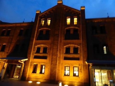 夜景アカレンガ正面P1110509 のコピー
