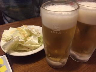 生ビールとお通しのキャベツ(食べ放題)