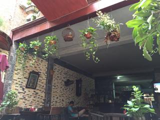 ニンビンのカフェ