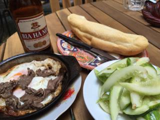 パン+牛肉&玉子