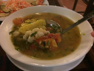 魚のスープの具は…。
