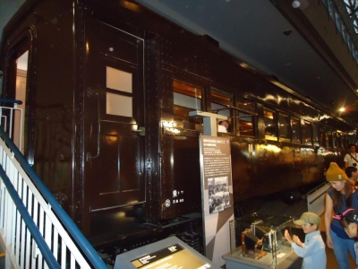 1926年、初の半鋼製(旧型は木製客車)客車誕生
