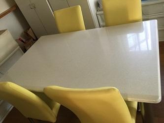 汚部屋テーブルアフター