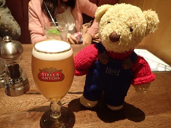 空港夕食ビール