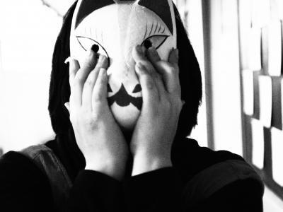 記憶世界モノクローム 仮面少女の叫び