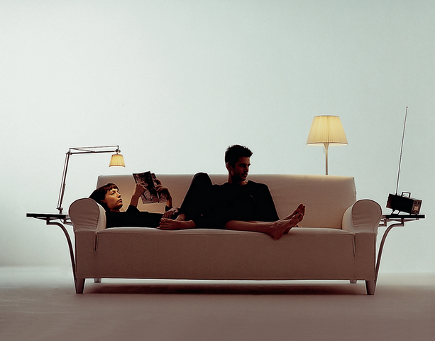 lazy-working-sofa-philippe-starck-.png