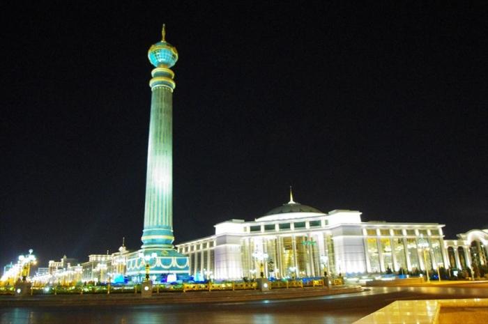 アシガバート夜の街歩き (7)