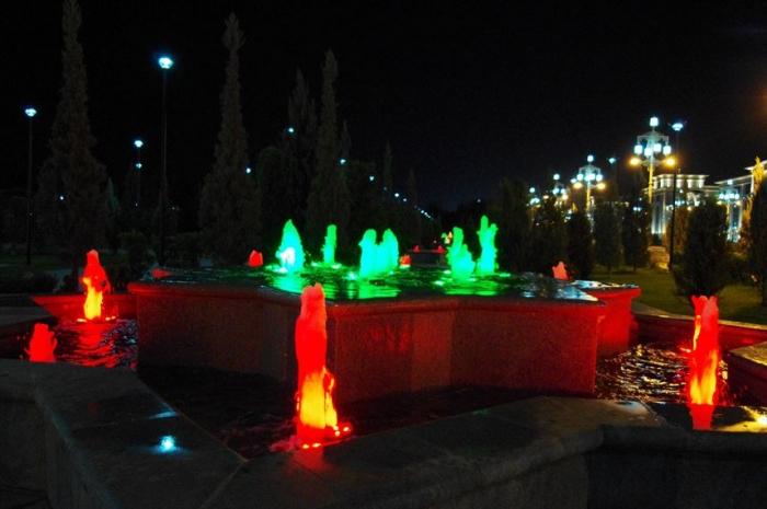 アシガバート夜の街歩き (8)