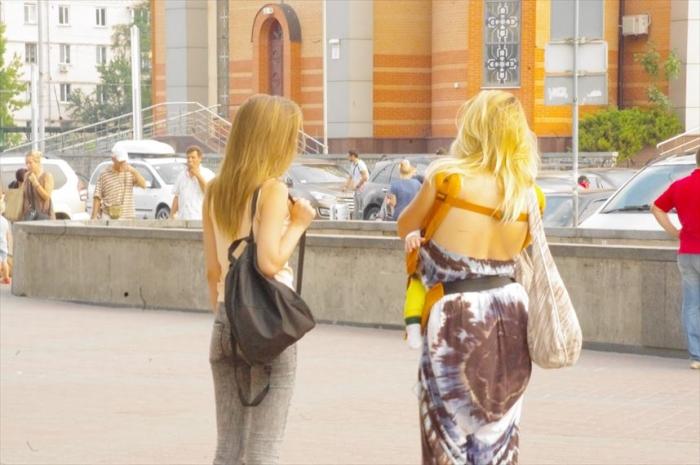 キエフ街歩き美女さがし (2)