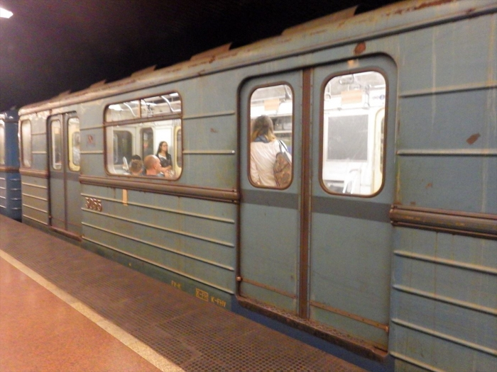 ハンガリーの電車がぼろい