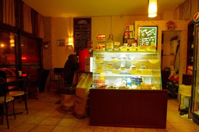 リウネのバスターミナルカフェ (2)