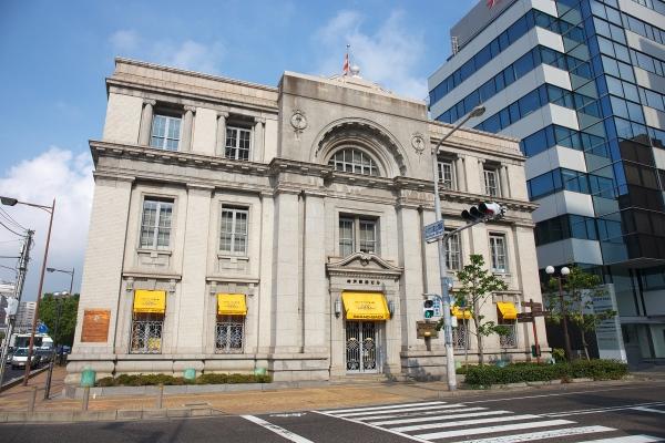 150810_080921旧神戸郵船ビル_1200