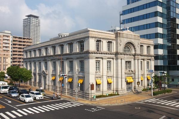 150810_081332旧神戸郵船ビル_1200