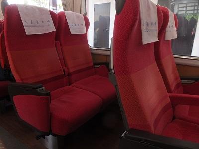 近鉄16600系 座席