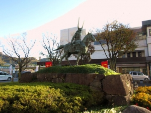 彦根城/井伊直政公像