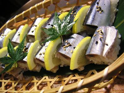 さんま寿司1