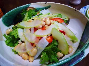 セロリとお豆サラダ