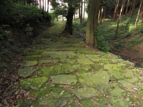 八王子神社の石段