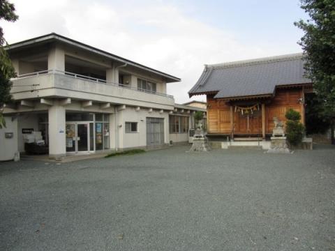 迦具土神社と茶屋集会所