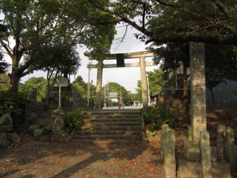 菟足神社一の鳥居