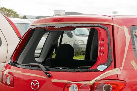 車ガラス破損 P1060501