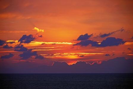雲隠れ直後19月13日18時45分 P1070187