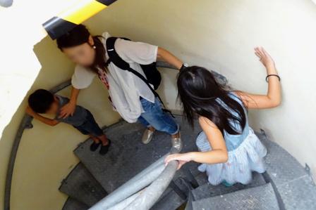 下り階段 DSC09995