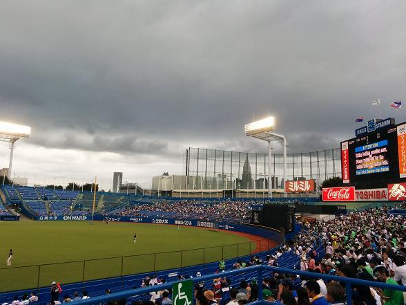 神宮上空は雨が降りそう