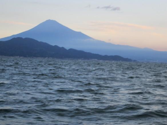 27.9.30興津タチ魚 031_ks