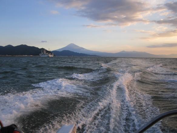 27.9.30興津タチ魚 041_ks