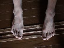 かかしの足