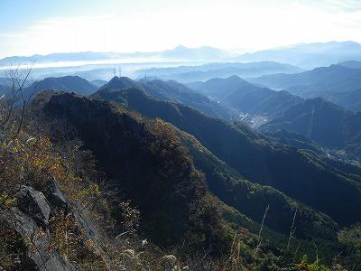 東峰と秩父盆地
